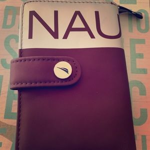 NWOT Nautica Wallet. Never used. Got as a gift